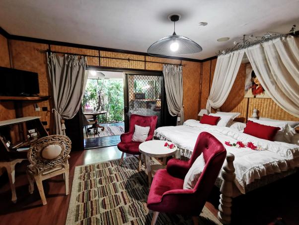HEREITI, a very romantic suite